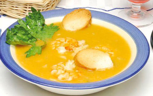 sopa-peixe-camarao