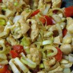 Frango Salteado com Legumes e Amêndoas