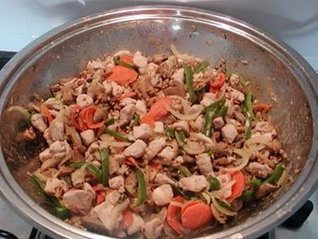 frango-amendoas-arroz-chau-chau
