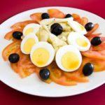 salada-bacalhau-alho-azeitonas