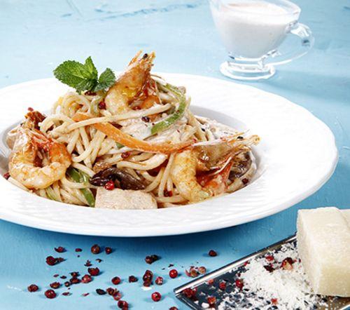 esparguete-frango-camarao