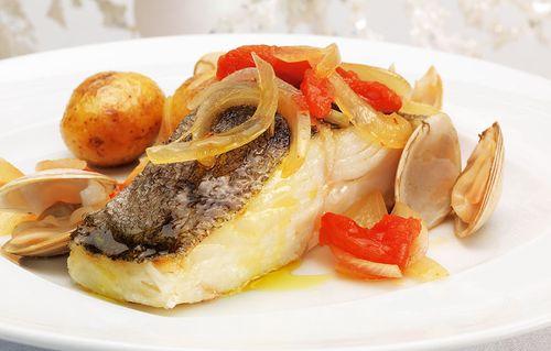 bacalhau-ameijoas-forno