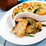 Bacalhau Dourado com Estufado de Legumes