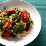 Salada de Feijão Branco, Tomate Assado e Chouriço