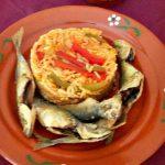 Carapauzinhos Fritos com Arroz de Pimentos e Tomate