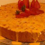 Bolo de Bolacha de Mousse de Chocolate com Calda de Ovos Moles