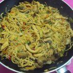 Noodles com Legumes e Frango